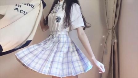 小姐姐DJ变身,化身jk制服仙女,网友:爱了!