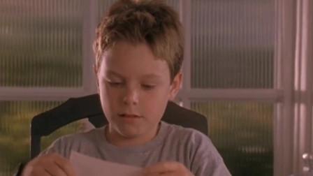 10岁男孩用竟然用100万美金铺床,别墅豪车全都有,步入人生巅峰