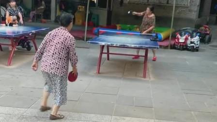 在中国,不只有你大爷,还有你大妈!