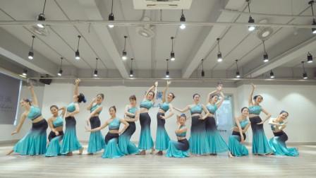 独具傣族风情特色的民族舞《彩云之南》,零基础也可以学会的舞蹈