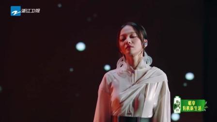 《天赐的声音》不老男神女神出场,张韶涵炎亚纶合唱深情合唱