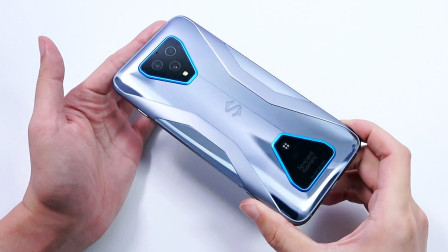 黑鲨3Pro开箱评测:创造,不止游戏!7.1英寸电竞巨屏+升降按键