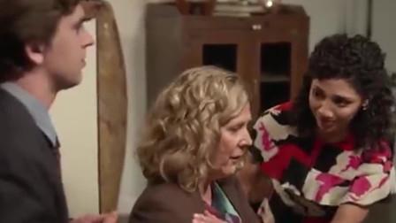 良医:海默恋爱后,有种感觉,整个科室的同事都在帮肖恩去谈恋爱!