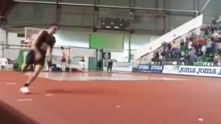 心心相惜,意大利跳高挑战赛坦布里2米31夺冠,张国伟2米28获第二