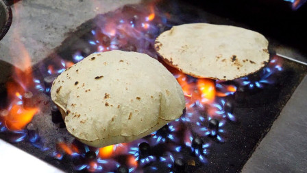 """印度的街头美食:""""烤面包"""",鼓起来的那一刻,简直是太惊艳了!"""