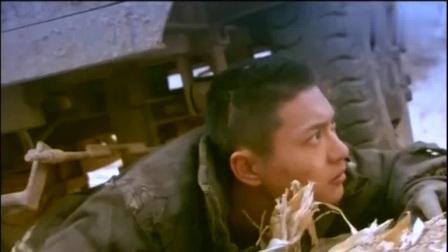 中国特警:大毒枭乔装逃跑,没想到被自己养的一条狗出卖,真倒霉