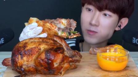 韩国吃播小哥,一大只烤鸡,三明治,蘸满黄油吃得好诱人