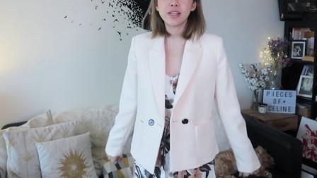 最近火了一种穿法,白色西装+印花裙,时髦大方,高级不说还耐看