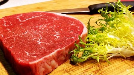原味牛排的腌制和烹饪