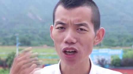 """西安网红导游,兵马俑中的""""啤酒肚"""",听冰蛋幽默讲解"""