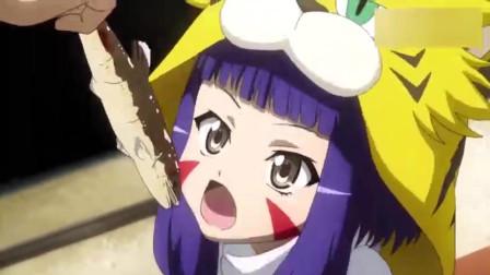 少年使用烤鱼钓萝莉,被身边的武将收拾一顿