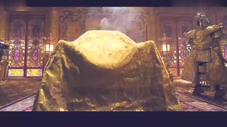 皇上做汗蒸 药碾子都是纯金打造的 太奢华了。