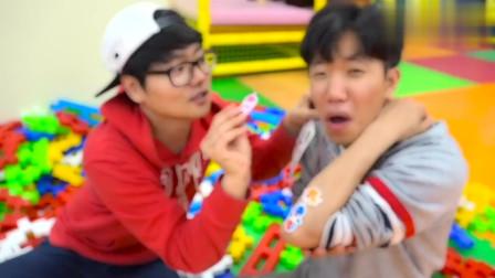 哥哥吃棒棒糖 宝宝吃小熊橡皮糖