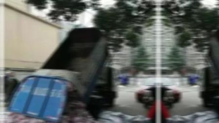 武汉一社区用环卫车送肉,武汉市青山区副区长被党纪#武汉一社区用环卫车运送平价肉 #众志成城抗击疫情