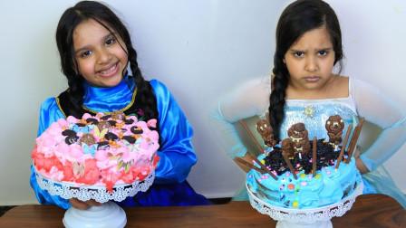 萌宝玩具:真棒!双胞胎小萝莉是如何装饰美味的蛋糕?
