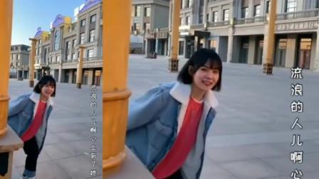 大石桥联盟一首《火红的萨日朗》,独特的魅力,让人很喜欢