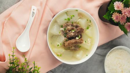 冬瓜羊肉片汤口味清新,风味绝佳