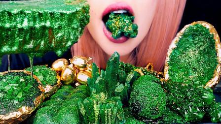 """一桌子""""祖母绿宝石"""",颜色翠绿真是养眼,竟然都是创意美食?"""