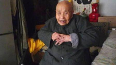 婉容最后的太监,隐居寺庙1996年才去世,因身体残缺30年不洗澡