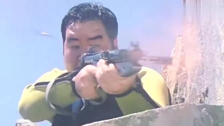 香港枪战动作片 道具枪打匪徒 太逗了 哈哈。