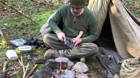 静悄悄的单独的丛林行动3晚上露营小帐篷帆布包睡袋背包