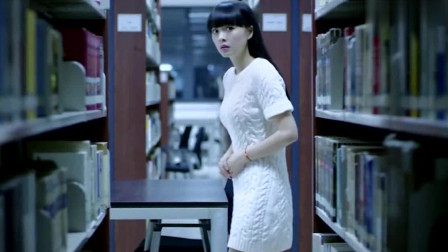 笔仙惊魂3:美女书馆看书,看到失踪姐姐的影子就追了出去!