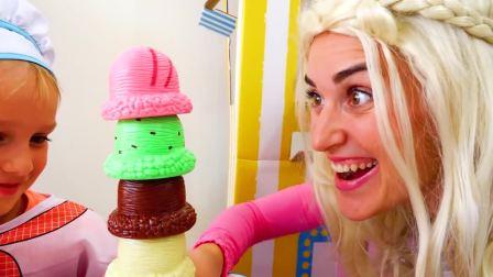 萌娃小可爱化身为小厨师,制作很多冰淇淋,萌娃:好好吃啊