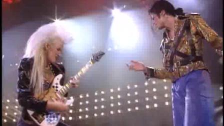 迈克尔杰克逊:疯狂歌舞表演让大批歌迷站着进来躺着出去