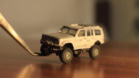 国外汽车达人把玩具都能改装成四乘四汽车