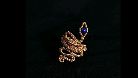 在家用简单的铜线,就可以做出超有灵性的灵蛇戒指,独一无二