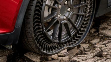 """老外发明""""弹力镂空""""轮胎,装上去能省油40%,并且永不会爆胎"""