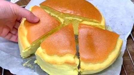 家里有鸡蛋和面粉,就能做蛋糕,不用烤箱,做法简单,比买的好吃
