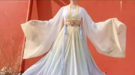 不同气质的美女该怎样选择汉服,你适合齐胸款还是齐腰款
