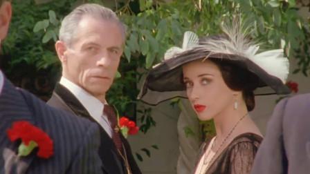 大侦探波罗,意大利贵族被,就像是镜子中的影像完全颠倒