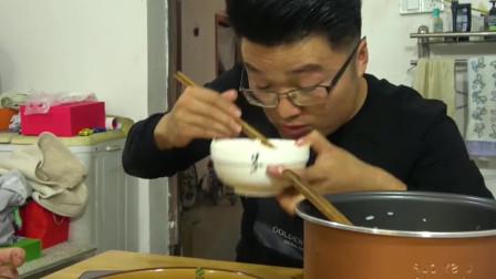 两斤油焖大虾一锅米饭,徐大sao表示不够吃呢