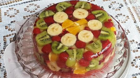 """这才叫真正的""""水果蛋糕"""",你们吃的只能叫蛋糕加水果"""