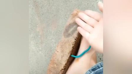 网友:这鞋恐怕飘个移,脚底会少块皮