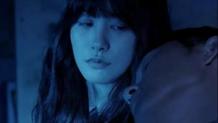 女孩被残忍害,化成冤魂向左邻右舍索命,恐怖片《奇妙的同居》