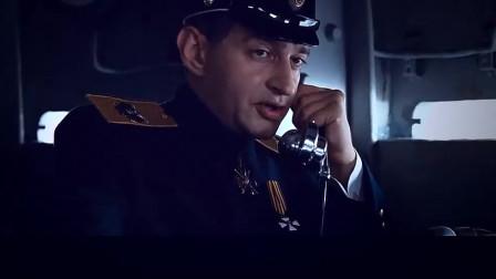 苏军阵地遭遇德军猛攻, 海上的战舰开炮狂还击~