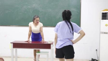 学霸王小九校园剧:老师出题只字加一笔,写出来的奖励炒酸奶,没想学生直接对锅吃