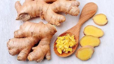 巧用生姜防病毒!搭配2种食材组成养生饮品,清肝、养胃、强免疫