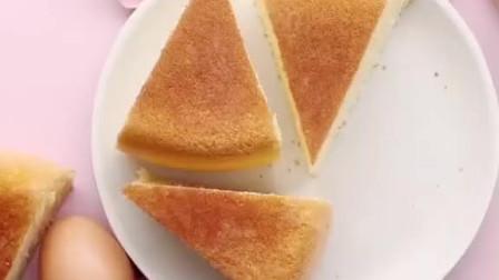 电饭煲蛋糕最简单的做法,不用打发蛋清、不易失败,松软香甜非常