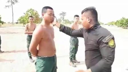 国外竟然如此训练警察,挨打还笑嘻嘻