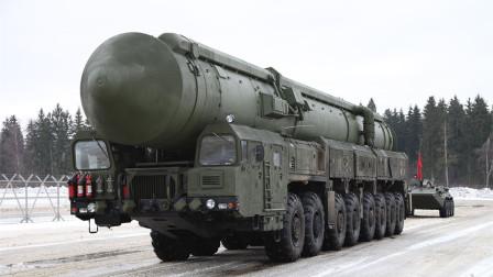 绝不放过,俄导弹总师携机密图纸投奔美国,被连砍数刀身亡