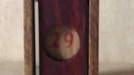 木头做出来的日历,做桌面摆件很不错,只有老师傅才可以做到吧!
