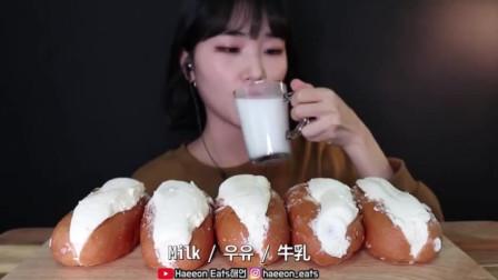 重奶油夹心热狗面包