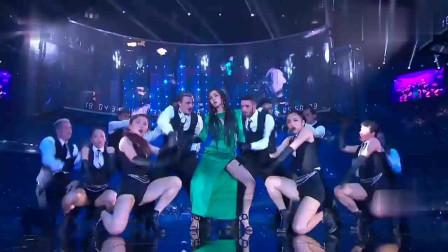 亚洲最强唱跳女王,现场全开麦依旧稳到不行,太霸气了!