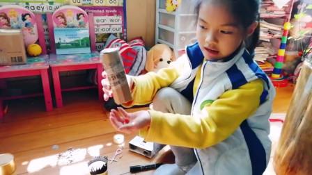 玥玥的儿童手工小纸人作品,玥爸配五毛钱特效相当震撼!