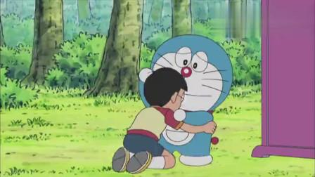 哆啦A梦:大雄想要钓鱼,哆啦A梦竟然给造出个鱼塘