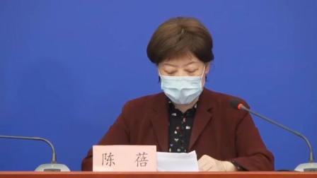 """3月25日,首批800余名滞留湖北返京人员抵达北京西站。据了解,滞留湖北需返京人员可通过""""京心相助""""填写返京申请,并会收到显示可以回京的短信。抵京后,"""